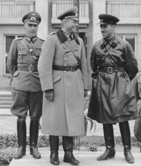 armia_czerwonawehrmacht_22-09-1939_wspolna_parada
